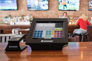 5-features-that-define-superior-restaurant-pos-software-featured